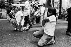 Passeio fotográfico Reino da Garotada de Poá -Pça da Sé -SP-Br (Denis Vitor) Tags: nikonf3 filmeilforddelta400