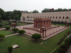 Badshahi Masjid @ Lahore (*_*) Tags: pakistan red brick asia muslim islam mosque imperial punjab lahore masjid walledcity mughal badshahi penjab