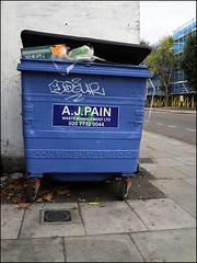 Odeur (Alex Ellison) Tags: urban graffiti boobs odeur tag bin graff southlondon