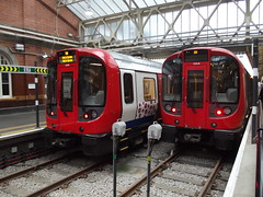 London Underground S7 Stock 21390 'Poppy Tube' Train H242 / 21321 Train C202 Hammersmith 18/10/14 (TheStanstedTrainspotter) Tags: public train underground subway metro transport tube rail railway trains hammersmith poppy poppies ubahn londonunderground circleline hc lu tfl lul transportforlondon hammersmithcityline 21321 21390 t242 t202 s7stock
