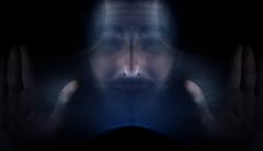 Jour 21 / le MoyenneMent l (EMEM Manuel Martinez) Tags: portrait canada black me project myself 50mm montral autoportrait f14 sony moi symmetry days qubec symmetrical 365 alpha lowkey longueuil a77 symtrie fondnoir 365daysproject alpha77 sonyalpha77