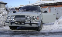 Tatra 77 meets Volga Gaz-24 (Skitmeister) Tags: gaz tatra газ skitmeister samodelka