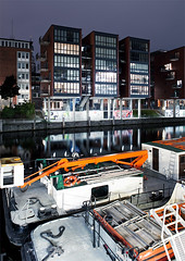 Hamburg, Germany (Tobias Münch) Tags: hamburg gemany deutschland night nightshot urban city canal water river reflection ship building architecture
