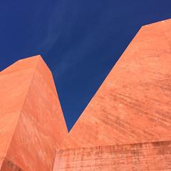 #432 (T Miranda) Tags: casadashistóriaspaularego arquitectura eduardosoutodemoura galeriadearte museu betãoarmado artecontemporânea cascais portugal tiagoalvesmiranda