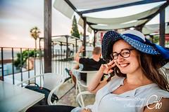 Galle (guillaume_roger_aussant) Tags: portrait portraits femme woman girl sunset light color smile hat