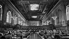 Perspectiva del saber. (Ova.) Tags: monocromtico byn bibliotecas blancoynegro nyc manhattan canon 6d arquitectura arte