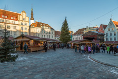 Christmas Market In Tallinn (AudioClassic) Tags: tallinntownhall clock christmasmarket square spruce tree estonia tallinn medieval medievaltown people architecture buildingexterior house wall balticcountries december holydays
