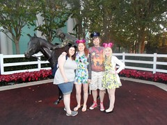 Florida 2016 (Elysia in Wonderland) Tags: disney world orlando florida elysia holiday 2016 lucy pete amy saratoga springs resort hotel jockey horse statue