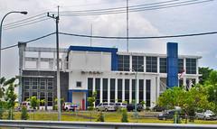 Gedung Jasa Marga Waru (BxHxTxCx (using album)) Tags: surabaya building gedung architecture arsitektur office kantor