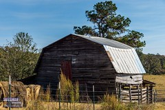 An Old Barn (The Suss-Man (Mike)) Tags: barn franklincounty georgia hay old ruralgeorgia sonyslta77 sussmanimaging thesussman royston unitedstates