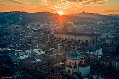 Bologna (Laszlo Horvath 1M+ views tx :)) Tags: bologna italy city sun nikon town san petronio bazilika church maggiore nikond7100 sigma1835mmf18art sunset