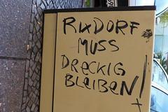 Rixdorf muss dreckig bleiben ! (österreich_ungern) Tags: grafitti streetart berlin decay parole rixdorf dreckig müll kot hundescheisse trash slum deutschland nk neukölln