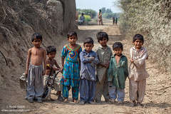 Kids (Awais Yaqub) Tags: third world country pakistan conditions life children sindh village deprived condition lifeconditions groupphotoofthridworldcountrykids thirdworldcountry southasia southasianchildrengroupphoto documentaryphotographofchildren