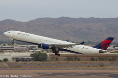 Delta Airlines Airbus A330 N803NW-3643 (rob-the-org) Tags: kphx phx skyharborinternational phoenixaz deltaairlines airbus a330 n803nw departing f80 135mm 1160sec iso125 cropped noflash