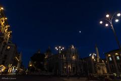 Catedral de Catania (allabar8769) Tags: catania fuente fuentedelelefante iglesia italia montreal nocturna plaza sicilia