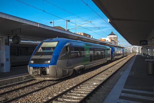 SNCF TER Auvergne - X 73500 a Clermont-Ferrand