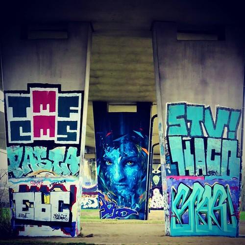 Still standing... #Art by #Mehsos - #brussels #Belgium #streetart #graffiti #streetartbel #streetart_daily #urbanart #urbanart_daily #graffitiart_daily #graffitiart #streetarteverywhere #mural #wallart #bxl #visitbrussels #ilovestreetart #igersstreetart #