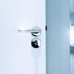 Polished stainless steel door handle BSSR House (iBSSR who loves comments on his images) Tags: door house architecture handle design swiss steel interior made architect van minimalism stainless polished huib minimum wijk bssr glutz