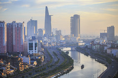 Ho Chi Minh city in the morning (fanfoto | 0982776736) Tags: city morning chi ho nikkor minh ai 80200