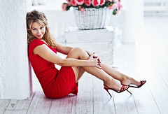 Beautiful Kate (LikClick Photography) Tags: flowers red woman girl beauty dress adult curlyhair happines happywoman