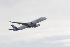 Airbus A350 XWB (xwattez) Tags: france plane airport european aircraft airbus toulouse aeropuerto blagnac avion 2014 aéroport européen a350 xwb fwzgg