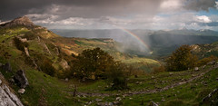 Bizkaia maitea (Jonatan Alonso) Tags: panorama landscape rainbow autum bizkaia basquecountry