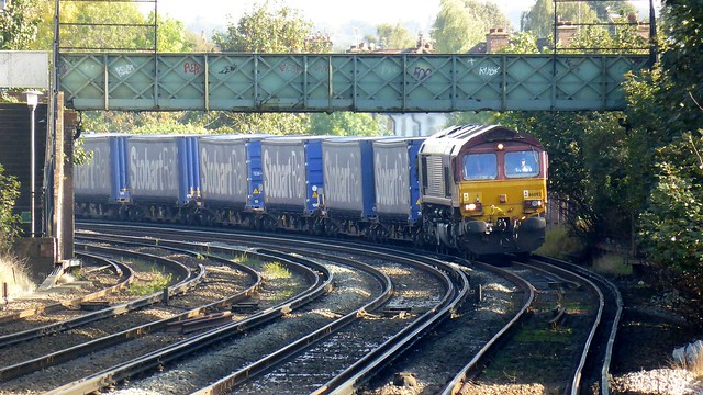class66 daventryinternationalrailfreightterminal 66092 jt42cwr dollandsmoor jaguarlandrover 4m38 automotivecoil