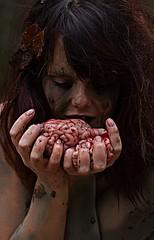 L'appetit (Nakagashii Photographie 3) Tags: girl tattoo ink automne project scary dangerous femme rivière demon banni possession vie feuille coloré gourmandise monstre sauvage folie cannibale morbide cervelle animosité écarté occulte brevage boueuse effrayante prohibée aveuglée évincée dangerosité