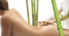 masaje-con-caña-de-bamboo