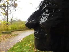 Sick (broombesoom) Tags: park sculpture art face rain gesicht wasser sad kunst skulptur sick regen krank traurig