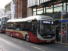 Lothian Buses 21 (BT14DKL) - 27-09-14 (peter_b2008) Tags: buses edinburgh 21 transport hybrid coaches lothianbuses buspictures volvo7900 bt14dkl