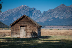 057 20140920 GTNP IMG_8959 (jvlady) Tags: autumn mountains fall grandtetonnationalpark mormonrow moultonbarn