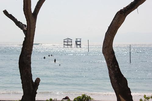 Lakey beach towers