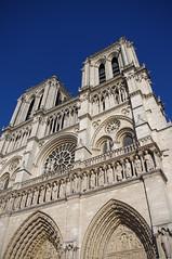 Cathdrale Notre-Dame de Paris (Charline bl) Tags: paris notredame cathdrale
