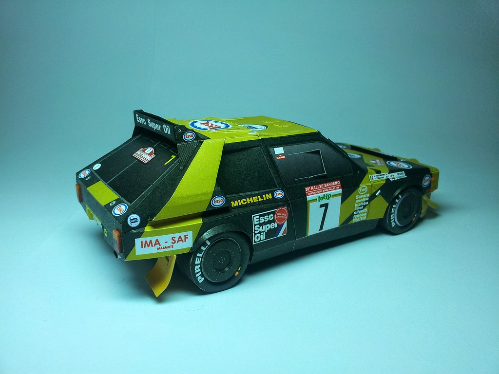 The world 39 s best photos of grifone and lancia flickr for Papercraft lancia