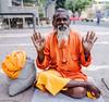 El que ha renunciado a todo (Nebelkuss) Tags: india khajuraho shadu santón naranja orange retratos portrait elzoohumano thehumanzoo fujixt1 fujinonxf23f14 quierosercomostevemccurry iwannabelikestevemccurry