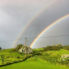 #home #rain #pissing #pouring #double #rainbow #ireland #green #beautiful #landscape #nature (AlanMc69) Tags: weather ireland sky apple rainbow home iphone instagramapp square squareformat iphoneography