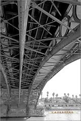 Puente de Isabel II sur le canal de Alfonso XIII, Sevilla, Andalucia, Espana (claude lina) Tags: claudelina espana spain espagne andalucia andalousie ville city town sevilla sville architecture pont bridge canaldealfonsoxiii puentedeisabelii