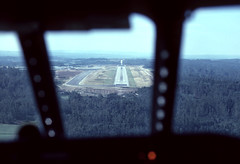 D-ACVK - approach SCQ (ilyushin18) Tags: caravelle se210 flightdeck flugzeug aircraft airliner plane window view