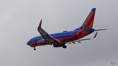 Southwest N725SW (Brian Stewart Photography) Tags: southwest plane airliner airport midway chicago airplane aircraft