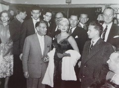 Jayne Mansfield in het Prinses Theater (poedievanlaar) Tags: jayne mansfield rotterdam prinsestheater prinses theater girl cant help it politie den haag leiden luxor rellen asta riots police holland nederland dutch netherlands old hollywood sex symbol actress charges film movie fans 1957 star