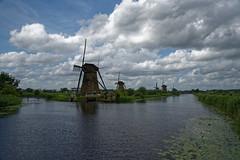 Moulins de Kinderdijk - Pays Bas (Vaxjo) Tags: paysbas kinderdijk moulin netherland