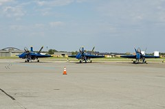 Blue Angels on tarmac (cmfgu) Tags: martinstateairport essex md maryland baltimorecounty openhouse fleetweek airshow blueangels mcdonnelldouglas fa18hornet unitedstatesnavy usn airplane aircraft jet aerobatic flight demonstration team tarmac