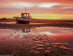 Meols Beach Sunset (11 of 14) (andyyoung37) Tags: boat meolsbeech merseyestuary beach greatsky sunset thewirral meols england unitedkingdom gb