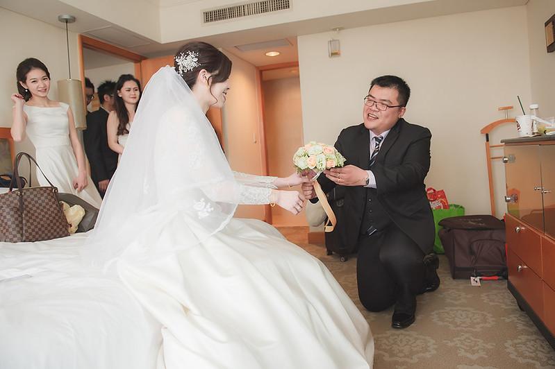 [台中婚攝] 正忠 & 嘉璐 / 台中擔仔麵