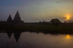 Shore Temple (Irumporai_A) Tags: irumporai india chennai mahabalipuram shoretemple shore temple outdoor sky sunrise unesco world heritage canon pallavas