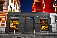 The Brisket Restaurant (Marco Trovò) Tags: marcotrovò hdr canon5d milano italia italy city street strada naviglio waterway ristorante restaurant brisket