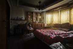 abandoned (Kay Augustin Photographie) Tags: indoor bedroom urbex lost lostplaces abandoned farmhouse light bed decay kayaugustin kay augustin lostphoto canon