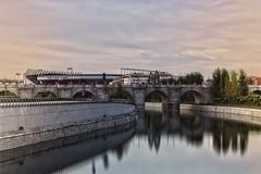 Puente Toledo (Hugo Daz-Regan) Tags: madrid city espaa canon spain ciudad hugo dazregan hugodiazregaon
