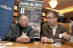 """Integrantes do Espaço Democrático lançam livro sobre manifestações de 2013 • <a style=""""font-size:0.8em;"""" href=""""http://www.flickr.com/photos/60774784@N04/14981932564/"""" target=""""_blank"""">View on Flickr</a>"""